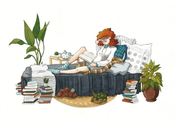Illustration of a red-haired girl sitting on her bed and reading a book. On the floor you can see piles of books, plants and a turtle.